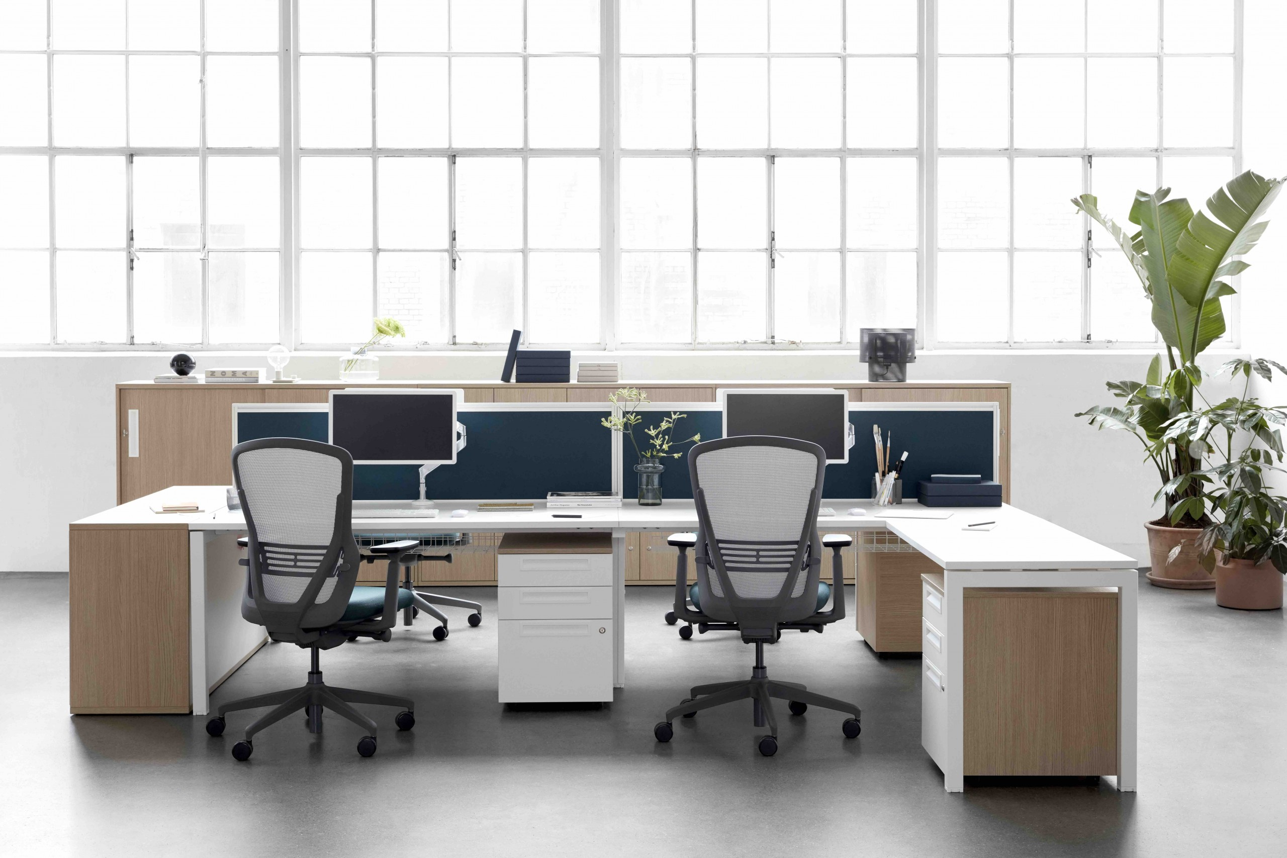 Senator Group Office | Huddle Furniture
