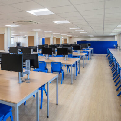 School Classroom Desks and Chairs   Huddle Furniture